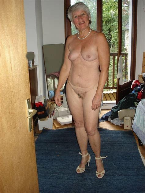 sexy horny bbw woman fucking jpg 768x1024