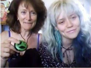 mom teaches daughter to strip jpg 320x240
